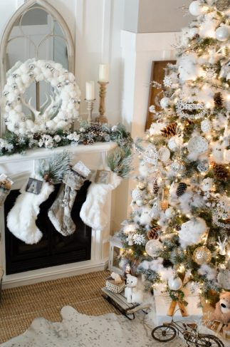 How-to-decorate-a-Christmas-tree-rustic-glam-farmhouse-3-790x1193